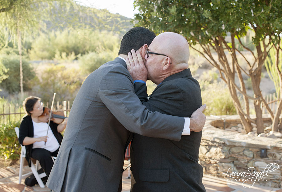 Scottsdale desert wedding pictures
