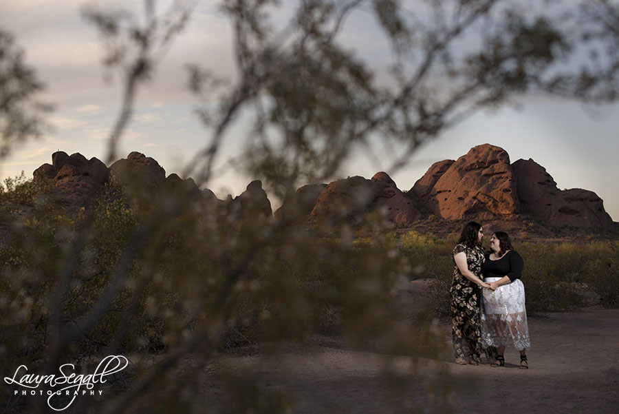 Phoenix desert engagement session pictures